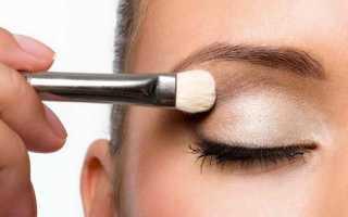 Как сделать эффектный макияж обладательнице зеленых глаз и русых волос?